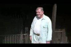 Vladimír Mečiar otevřel novinářům svou přísně střeženou vilu Elektra