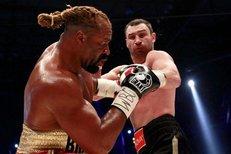 Vitalij Kličko proti Briggsovi bez problémů obhájil svůj titul