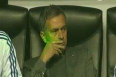 José Mourinho čelil ataku laserem