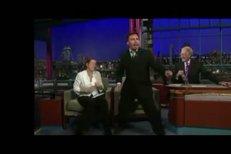 VIDEO: Edison Peňa to rozjel v show Davida Lettermana s písní Elvise Presleyho Suspicious Minds