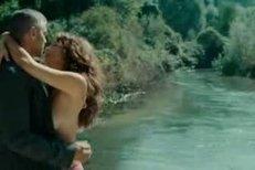Violante Placido a George Clooney