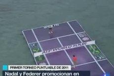 Roger Federer s Rafaelem Nadalem si zahráli tenis na vodě