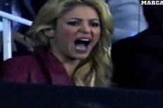 Shakira na Barceloně fandila ze všech sil, ale nebylo jí to nic neplatné.