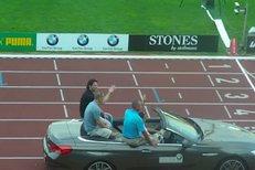 Slavnostní zahájení Zlaté tretry - v autě přijíždí hlavní hvězda Usain Bolt