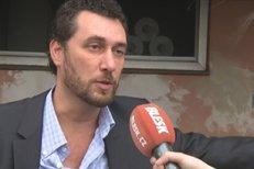 Rozhovor s Domenicem Martuccim jen pár minut poté, co Ivetu Bartošovou odvezla záchranka