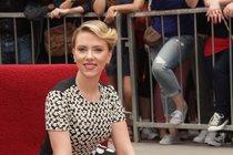 Sexy Scarlett Johansson: Tajné rande v Praze!