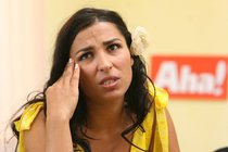 Skandál na poště: Anife seřvala nevidomá bez bot