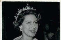 Skandál sestry Alžběty II.: Sex s drogovým dealerem, co měl pyj jako kyj!