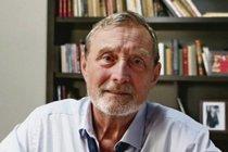 Ladislav Frej (76): Svěří se do rukou odborníků!