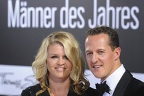 Miliardy Schumachera: Protitah manželky