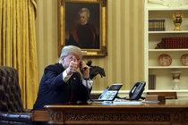 Po okny davy, ale... Trump hledal Dory!