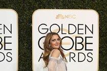 Ťukněte si s celebritou! Herečka Drew Barrymore slaví 42