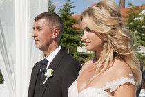 Babišův velký den: Snaha o narušení svatby!