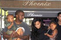 Kim Kardashian & Kanye West: Třetí dítě na cestě!