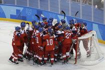 Hokejisté skočili rovnou do čtvrtfinále a teď Amíci nebo bývalí bratři?