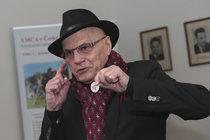 Nadšený herec Jan Přeučil (81): Stal se ambassadorem!