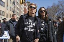 Protesty proti zbraním v USA: Hvězdy pochodovaly, mluvit nechaly děti