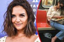 Katie Holmes je skromná hvězda:  Má půl miliardy, ale jezdí metrem