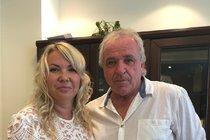 »Ano« si Simonka a Láďa řekli včera na konzulátu v Emirátech.