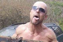 Psychopat z Prostřeno!: Vytáhl zbraň a chtěl spáchat sebevraždu!