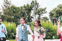 S veselkami se roztrhl pytel: Tajné svatební šílenství