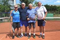 Nesmrtelní Laufer a Janda na tenisové exhibici: 300 let na kurtu!