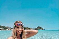 Rodinná dovolená miss Karolíny Mališové: Veze kufr plavek i sexy tatínka