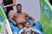 Beckham řádí s dcerou:  Kdo je tady větší dítě?!