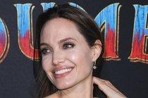 Dojatá Jolieová: Syna vyprovodila na univerzitu do Koreje