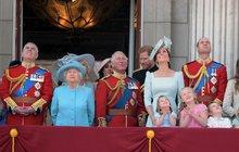 Královská rodina se může těšit na další velkou událost. Tou bude svatba lady Gabrielly Windsor a finančníka Thomase Kingstona. Svatba nejspíš proběhne už na jaře příštího roku.