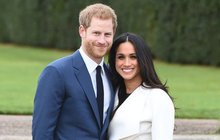 Na tuhle zprávu čekal netrpělivě celý svět. Již od svatby se objevilo hned několik spekulací o tom, že Meghan Markle (37) je těhotná. Vždy se jednalo pouze o fámy, ale s tím je nyní konec. Kensingtonský palác oznámil radostnou novinku.Princ Harry a vévodkyně Meghan se stanou rodiči!