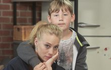 Potoky slz před i za kamerou. Tak vypadal poslední natáčecí den Anety Krejčíkové (27) v Ulici. Dva měsíce po porodu syna Bena už ale uplánuje jarní návrat.
