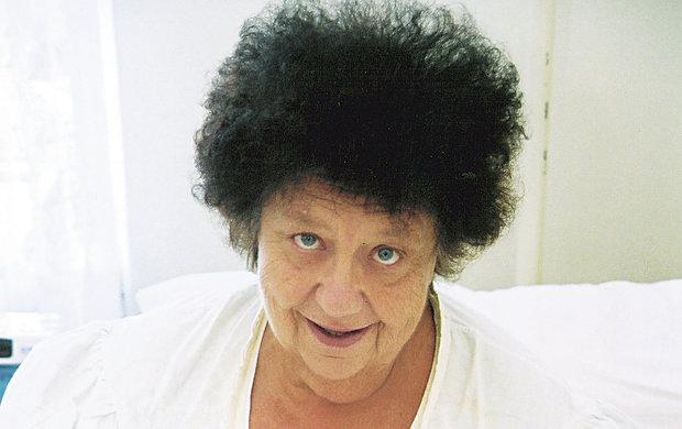 Před nedávnem tomu bylo 15 let, co zemřela legenda Helena Růžičková. Kvůli dědictví se chtěla provdat za dobrého přítele Václava Glazara (†65), svatbu však nestihla uskutečnit…
