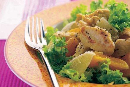 Kuřecí salát s citrusovým ovocem