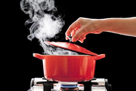 hrnec, voda, vařící