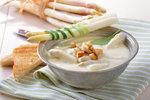 Chřest: Dopřejte si ho v polévce, slaném koláči nebo salátu! Chutná výtečně!