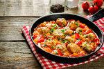 Báječná jídla z jednoho hrnce: Pravé maďarské lečo, mexické fazole nebo indická čočka