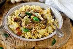 Rychlé a skvělé těstoviny: Zamilujete si je s kuřetem, houbami nebo zapečené!