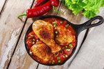 Rychlé a levné recepty z kuřete: Na houbách, s rajčaty nebo na kari!