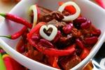 Pikantní hovězí guláš s fazolemi