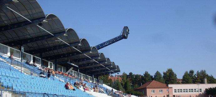 Fotbalový stadion v Drnovicích chátrá