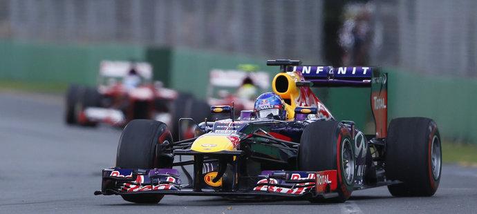Sebastian Vettel během prvního tréninku na GP Španělska