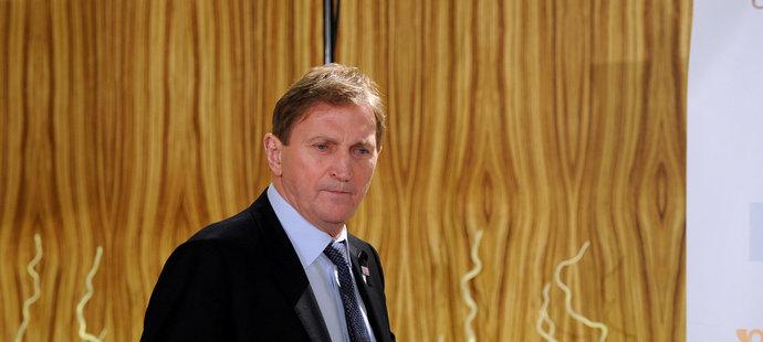 Trenér české hokejové reprezentace Alois Hadamczik se vztahem k Baníku Ostrava nikdy netajil. Stane se spolumajitelem klubu?