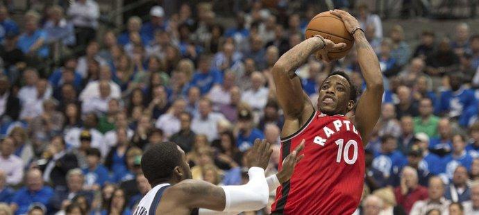 Raptors začali sezonu čtyřmi výhrami v řadě.