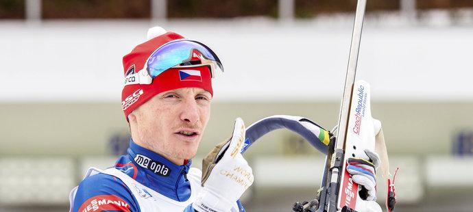 Ondřej Moravec nepojede čtvrteční smíšenou štafetu na MS v biatlonu, která bude v Oslu obhajovat loňské zlato z Kontiolahti.