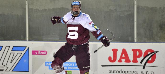 Michal Čajkovský je nejlepším střelcem mezi extraligovými obránci