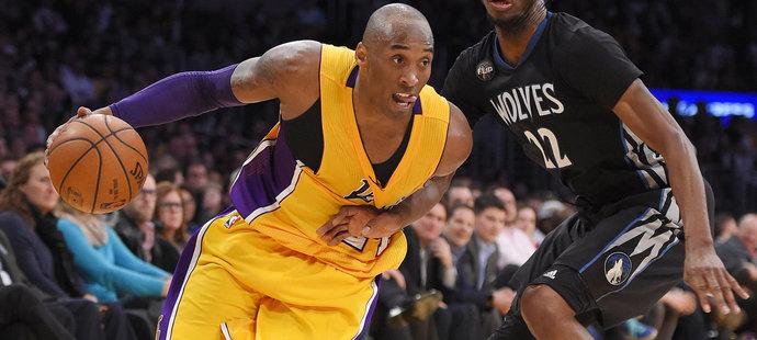 Další prohra Lakers? Bryant byl proti