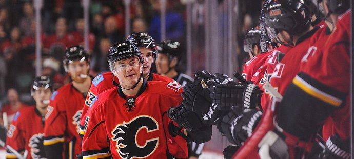Hudlerova trefa výhře Calgary nepomohla