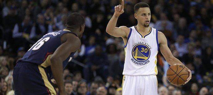 Narozeniny oslavil Curry vítězstvím