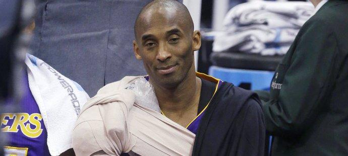 Lakers prohráli o 48 bodů, Bryant už byl ke konci zoufalý